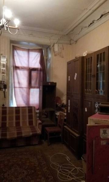 These Apartments Could Get An Award For The Worst Interior Ever
