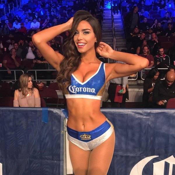 Mayweather Vs McGregor Fight Is Worth Watching Just Because Of These Ring Girls