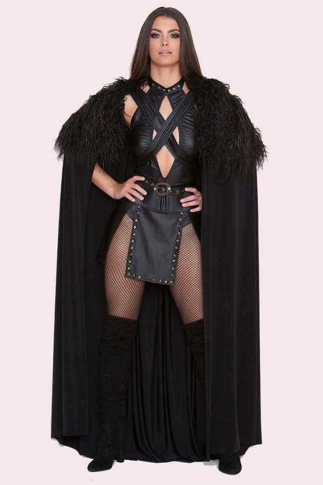 Jon Snow's Costume Just Got Sexier With This Female Version