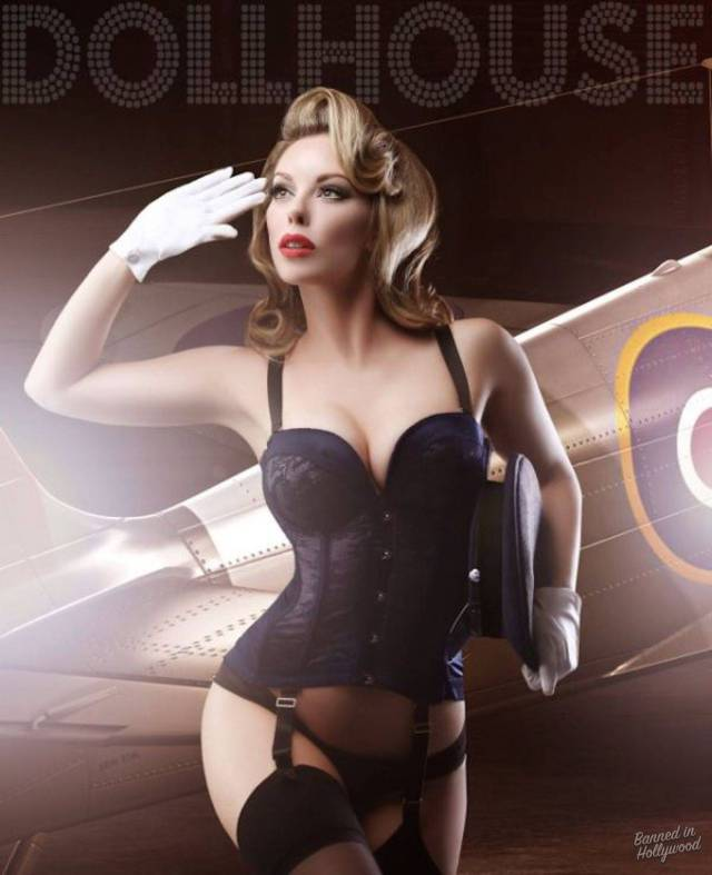 Here's How Ordinary Girls Can Transform Into Awesome Burlesque Models