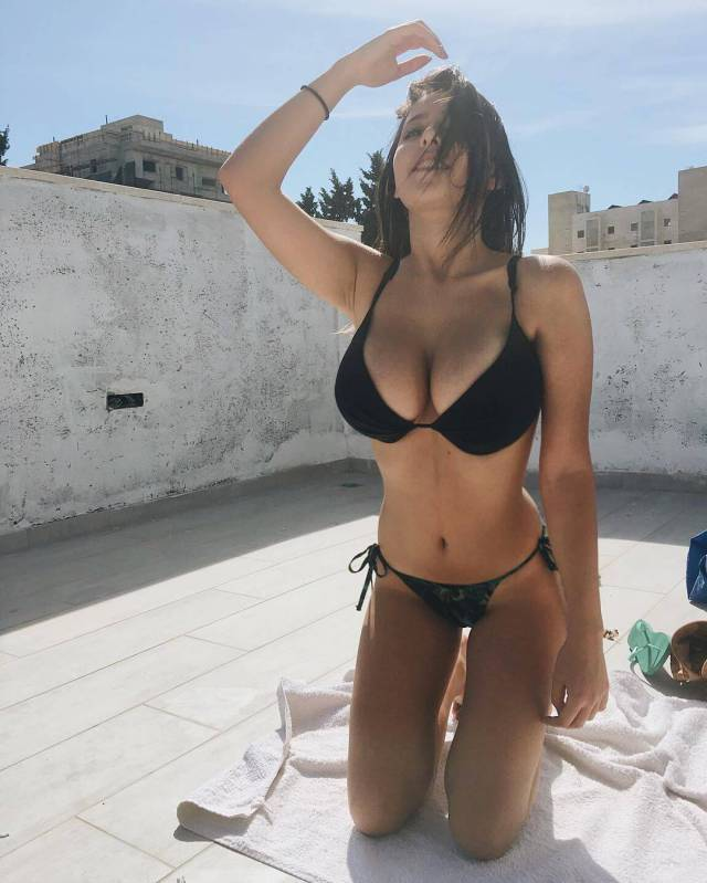 Boobs to Make the Men Drool