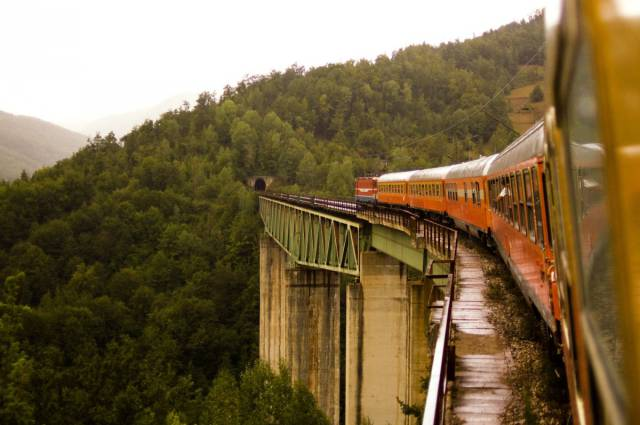 You Simply MUST Take These Train Trips In Your Lifetime!