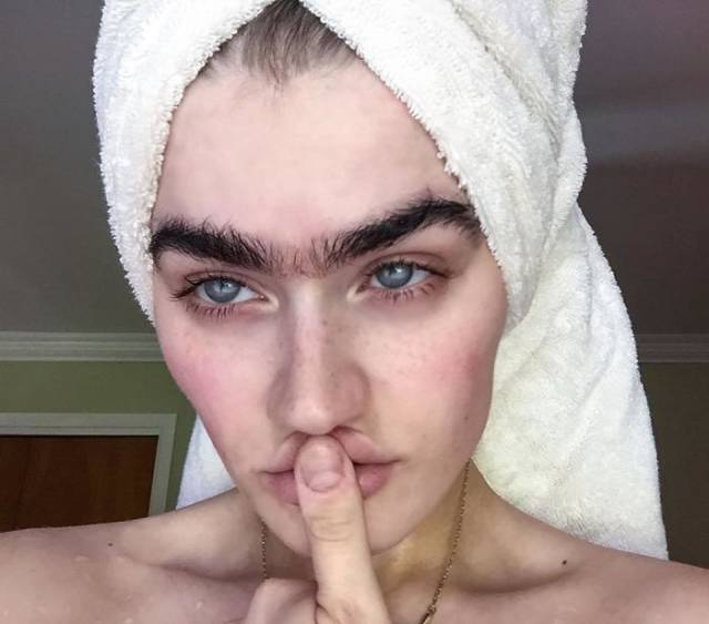 This Model Disagrees That Humans Have To Have Two Eyebrows…
