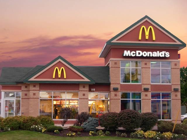 Fast Food Restaurants Weren't Always Like This