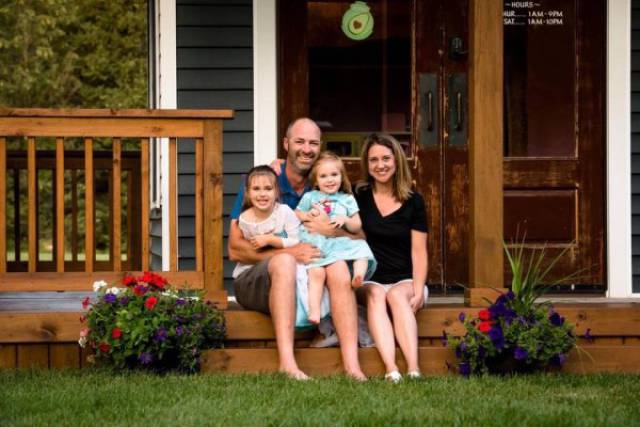 This Playhouse That Dad Built For His Daughters Came Right From The Dreams!