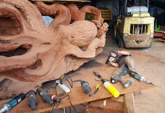 What's Giant Fallen Tree For Some, Is Material For Masterpieces For This Artist