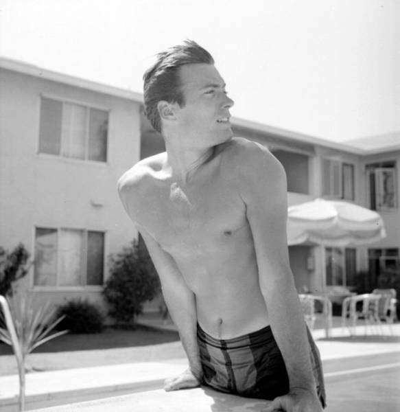 1956 Version Of Clint Eastwood Was Pretty Damn Hot!