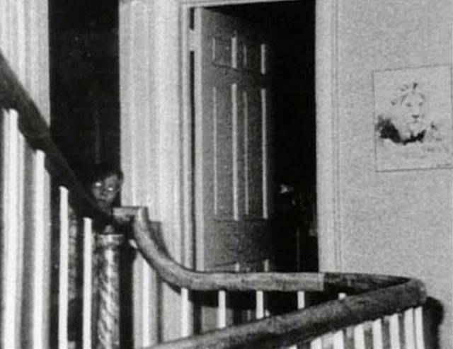 Ghost Photos Are Creepy, No Matter If You Believe In Them Or Not