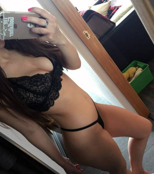 Girls Trying Their Newly-Bought Lingerie On Is The Kinkiest Thing