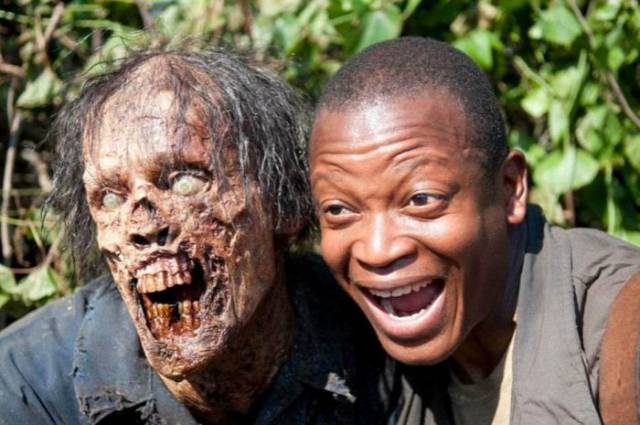 """Walking Dead"" Cast Seem To Have So Much Fun Behind The Scenes 10. Kinky Insults From All Around The World"