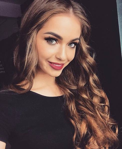 Russian Girls Have All The Love In The World