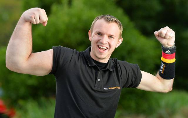 Guy Was Born With A Popeye Right Arm – Finds Good Use For It