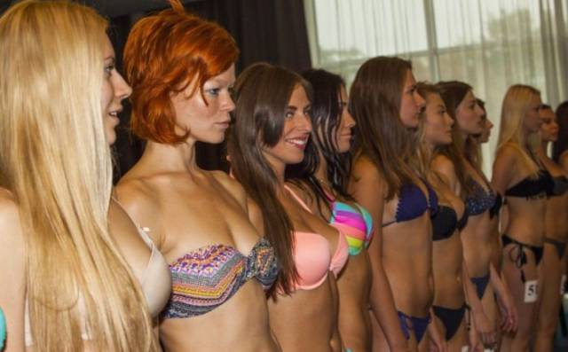 Riga Fashion Week 2017 Was Steaming With Girls In Lingerie