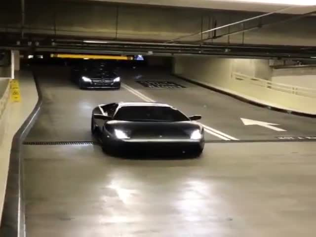 How To Avoid Parking Fees When Driving A Lamborghini
