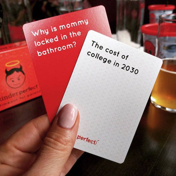 """""""Cards Against Humanity"""" For Parents Are Simply Perfect"""