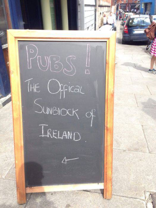 Bars And Cafes Know How To Attract Customers With Their Chalkboard Signs