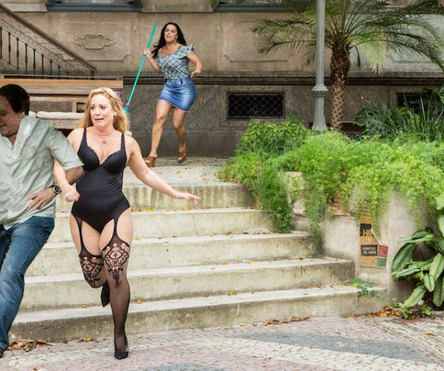 This Lingerie Woman Wasn't Faster Than The Internet Photoshop Masters