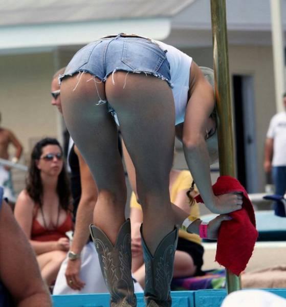 Butts That Make You Go Mmmm