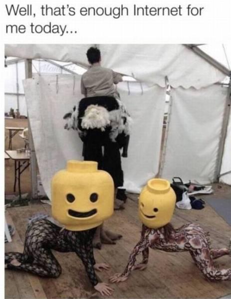 Internet Photos Have No Explanation