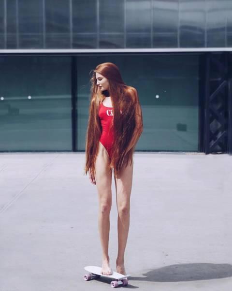 Meet Anastasia Sidorova, Real Life Russian Rapunzel!