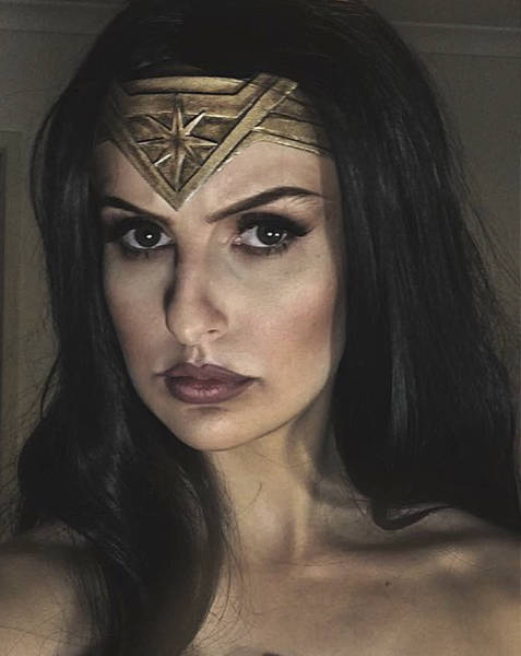 This Is The Easiest But Still Epic Wonder Woman Cosplay