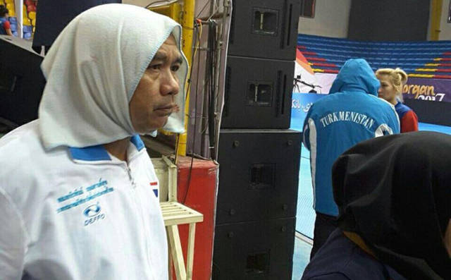 How Thai Swim Coach Trolled Iranian Swimming Rules For Women