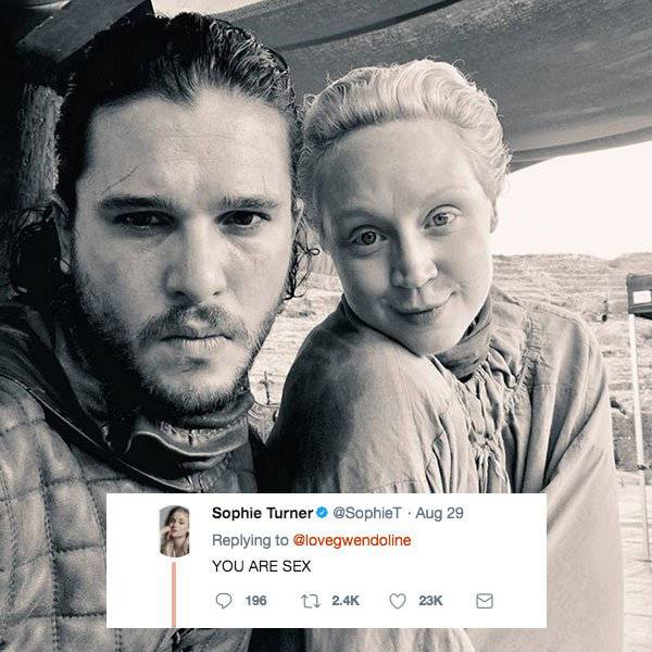 """""""Game Of Thrones"""" Actors Are Actually Very Good Friends Behind The Camera!"""