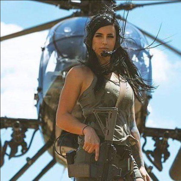Hot Girls With Big Guns