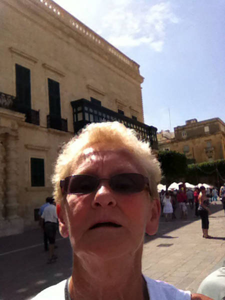 Don't Ask Others To Take A Photo Of You…