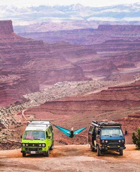 Pics From 'Project Van Life' Instagram That Will Make You Wanna Quit Your Job And Travel The World