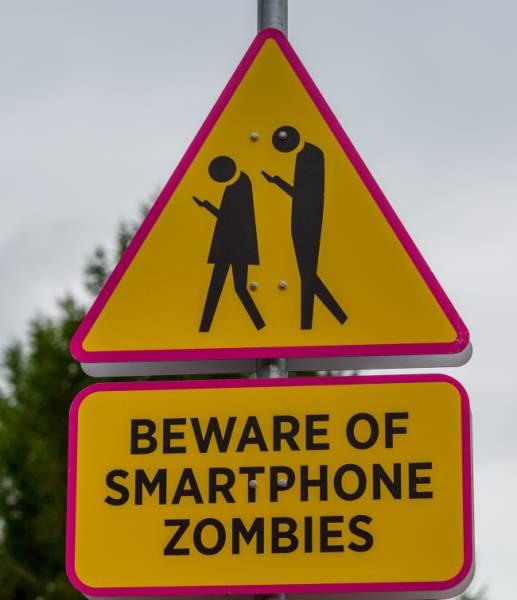 Do These Signs Even Make Sense To Anyone?