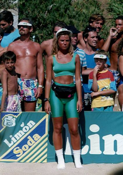 Chilean Beaches Were Hot In 1980s As Well!