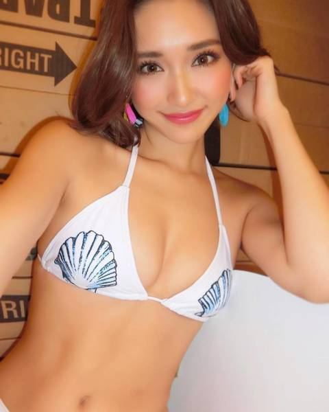 CYBERJAPAN DANCERS Are The Real Asian Beauties!