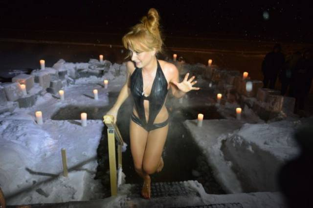 Russian Girls Celebrate Orthodox Epiphany By Diving Into Icy Cold Water. Part 2