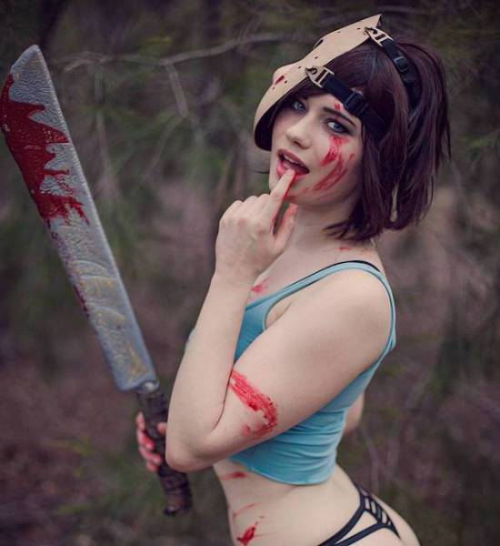 Nichameleon Is One Damn Hot Cosplayer!