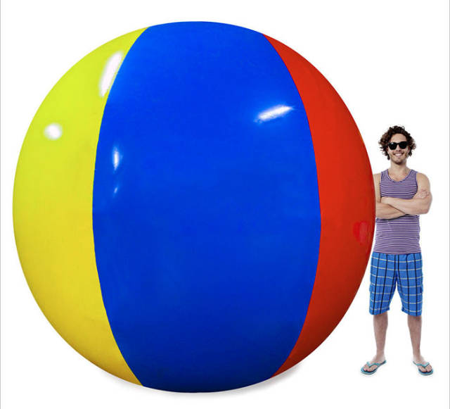 This Beach Ball Amazon Review Is More Epic Than A Hollywood Blockbuster