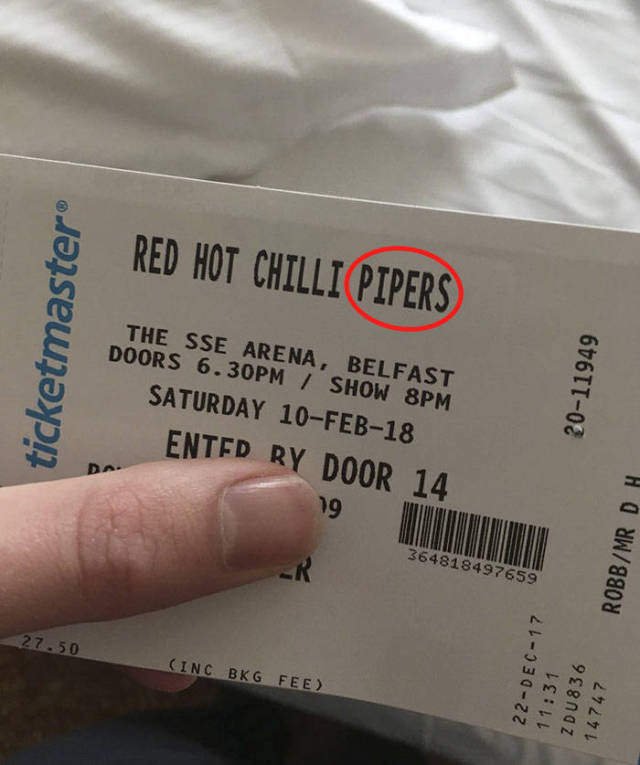 """They Thought They Were Going To See """"Red Hot Chili Peppers"""" For A Bargain Price, But Little Did They Know…"""