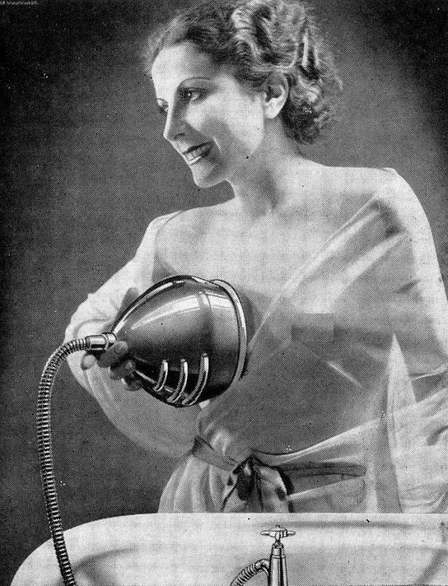 Beauty Devices Were Kinda Creepy Back In The Day