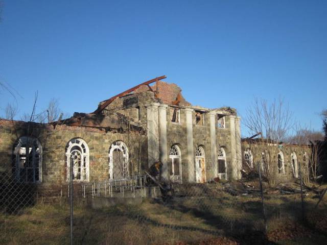 Secrets Behind World's Mysterious Abandoned Places