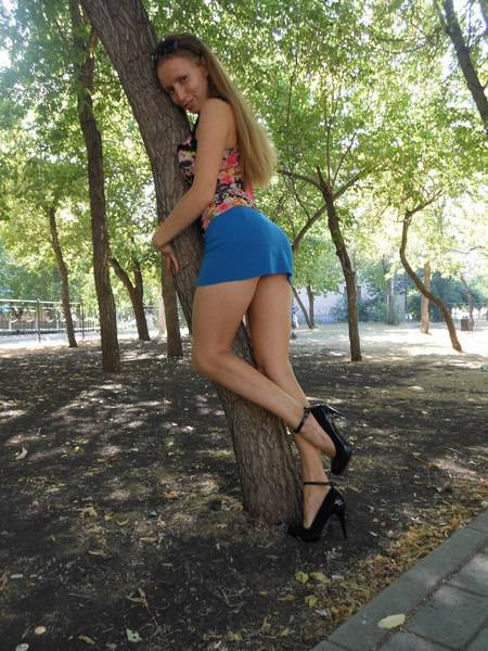 Short Skirts Go Best With Beautiful Legs