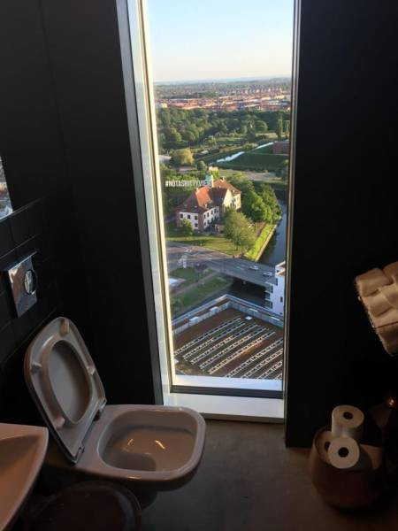 The Most Exciting… Bathrooms In The World
