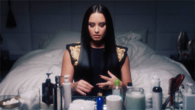 Demi Lovato Receives A Reverse Makeup On Camera To Show How Important It Is To Love Yourself