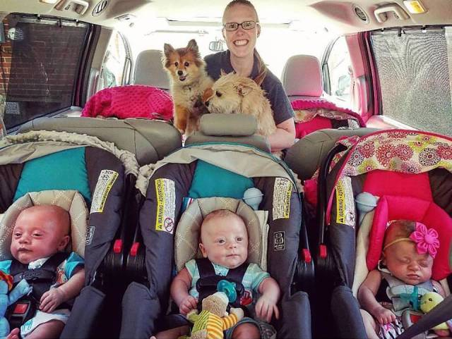 Five Kids At Once Looks Like Quite A Lot…