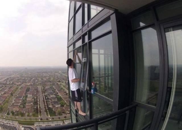 If You Don't Know How Vertigo Feels – Here It Comes