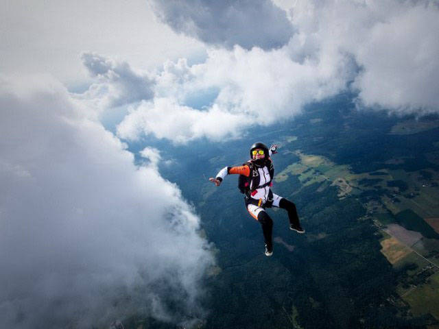 Hilarious Moments From The Lives Of Skydivers