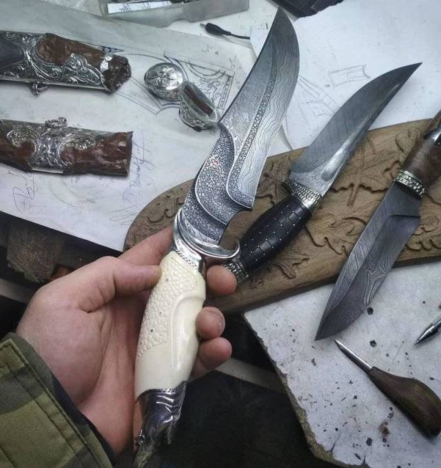 Some Satisfyingly Unusual Knives