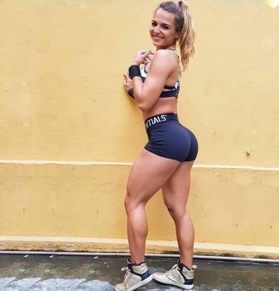 Girls That Never Skip Leg Day