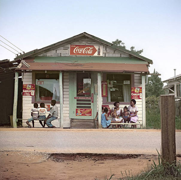 Some Shots Of The Us In The 50s For You To Feel The