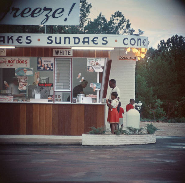 Some Shots Of The US In The 50s For You To Feel The Difference