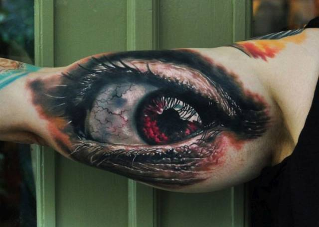 Crazy Looking Tatoos That Are Just Too Realistic
